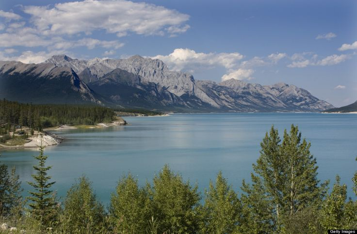 We live in a truly wondrous country. Enjoy these photos of amazing places in Canada. http://www.huffingtonpost.ca/2014/07/16/places-in-canada-not-real-tourism_n_5574988.html#utm_sguid=146902,8fb43c8e-c2bf-b8be-ce7e-57966b0ac78d