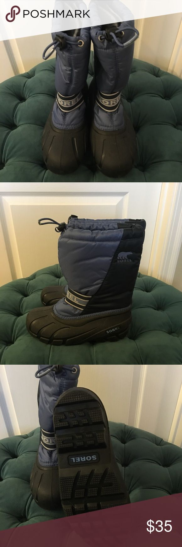 Sorel kids boots Big kids size 4. Barely worn. Insulated and waterproof snow boots. Sorel Shoes Rain & Snow Boots