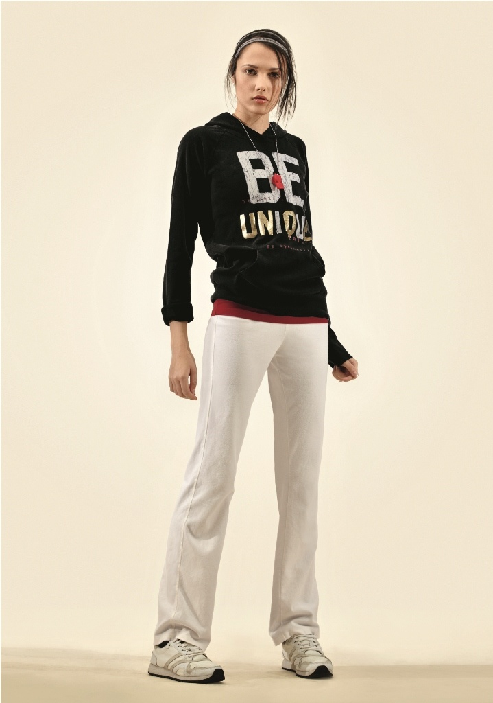 Get a sporty chic look with Dimensione Danza pieces!  You'll find them at Baneasa Shopping City :-)