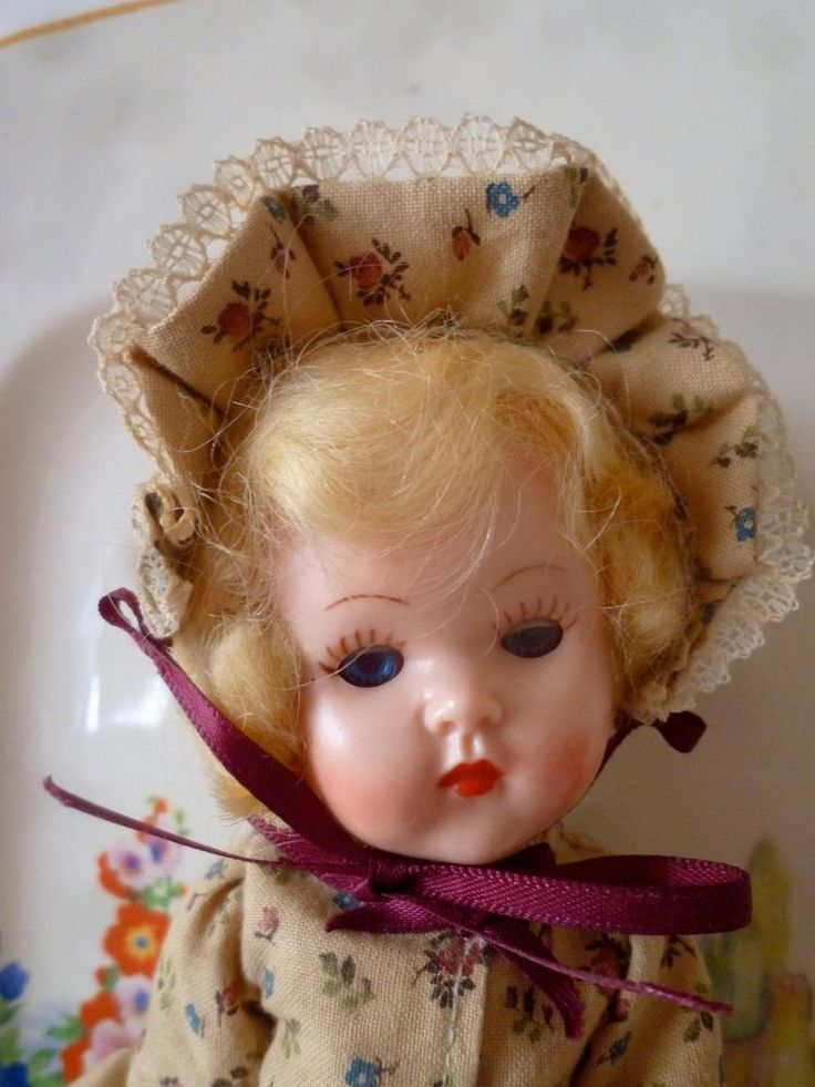 8 in. Miss Rosebud doll in excellent condition