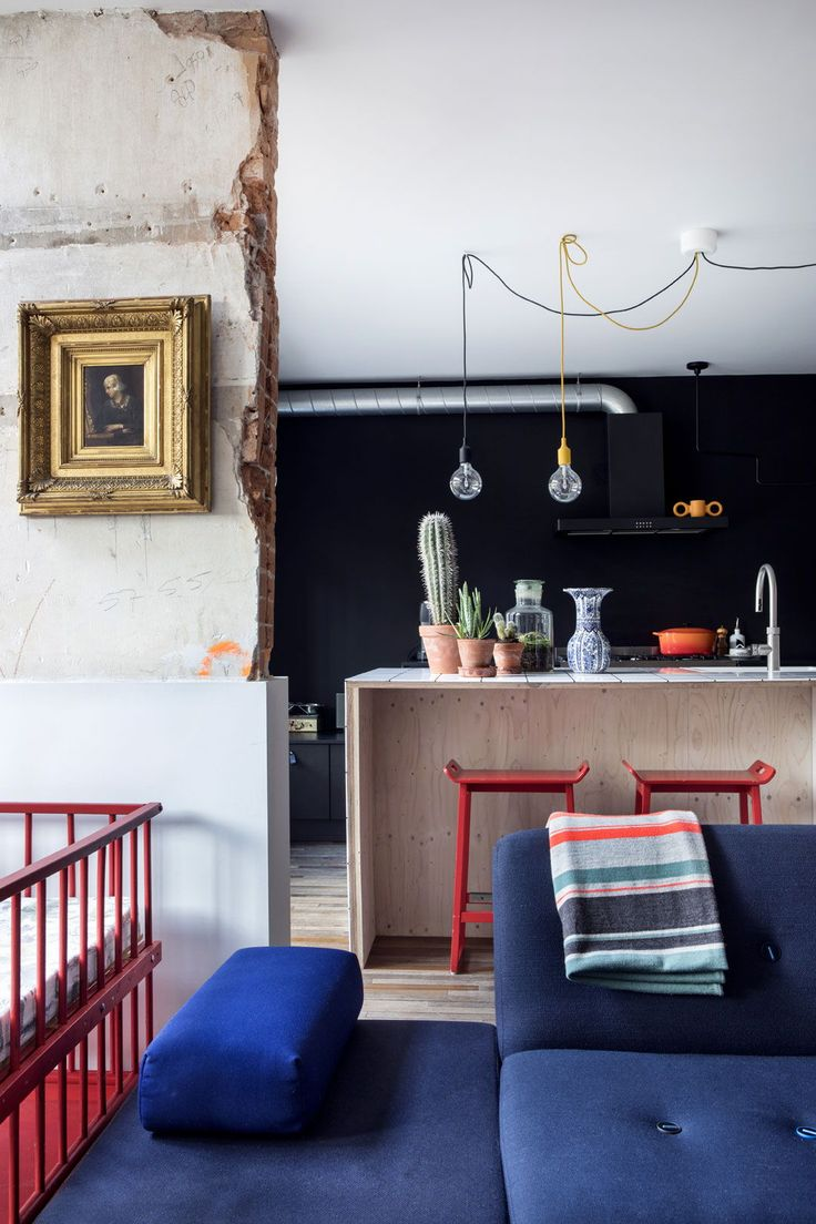 Look inside two city houses in Amsterdam