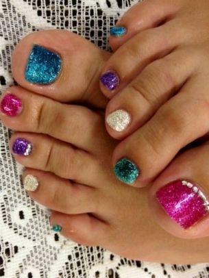 Pretty Pedicure Nail Art Designs!