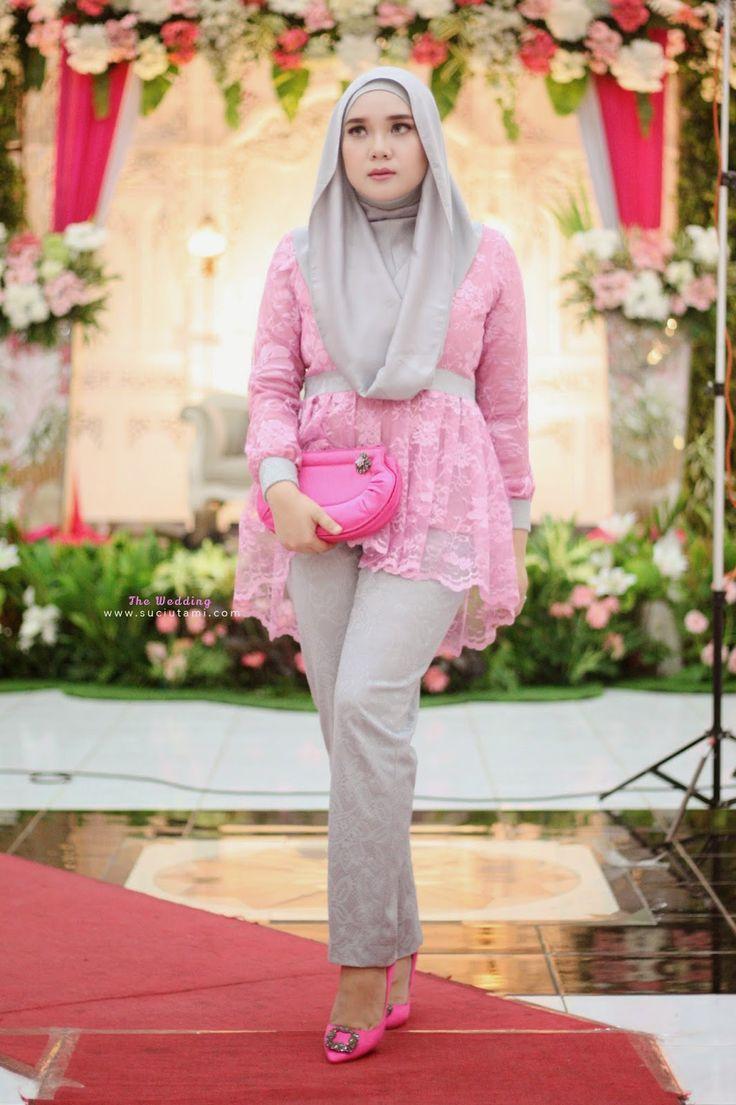 Keinginan para muslimah untuk tampil anggun dan modis dengan mengenakan kebaya saat menghadiri acara pesta, membuat para designer terdorong untuk menciptakan busana kebaya modis spektakuler untuk wanita berhijab.