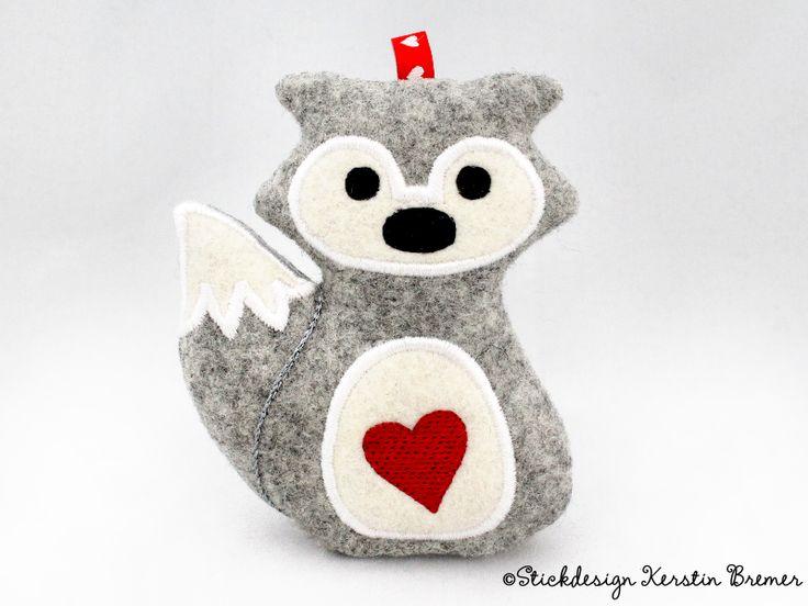 Fuchs ITH Stickdatei von KerstinBremer.de. So cute! Fox ith machine embroidery design.