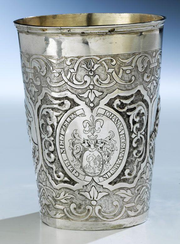 75 besten silberbecher silver beaker antik antique ca bilder auf pinterest zigarettenetui. Black Bedroom Furniture Sets. Home Design Ideas