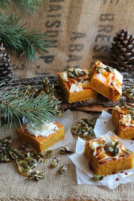 Gâteau à la courge et aux épices {sans gluten} & Nougatine de graines de…