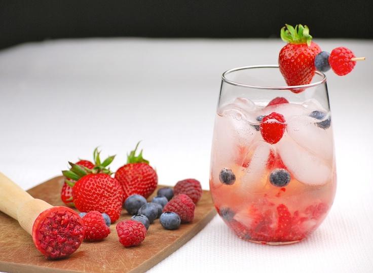 White wine & berry Sangria