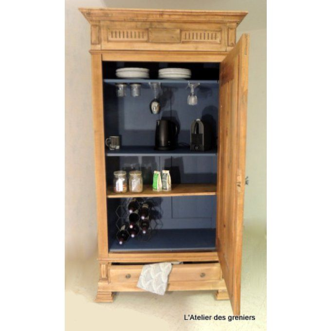 Best 25 armoire bar ideas on pinterest armoire redo entertainment center - Armoires anciennes peintes ...