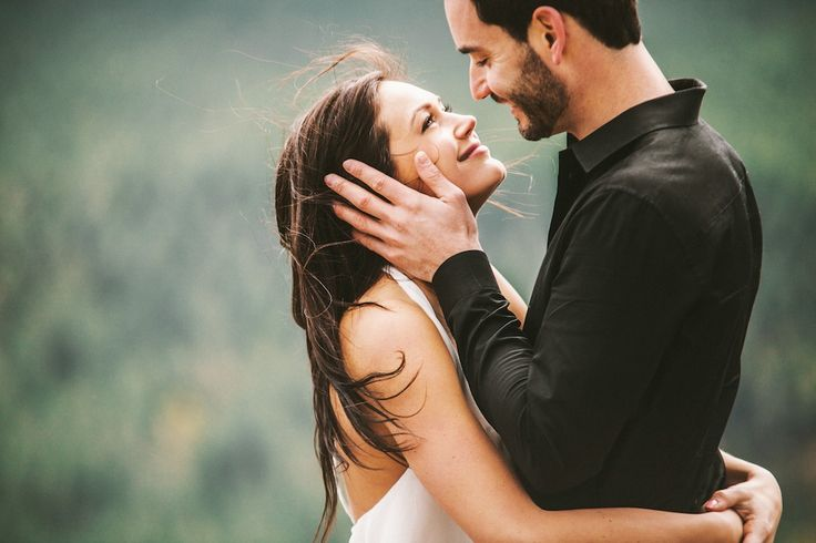 50 of the best engagement photo ideas.