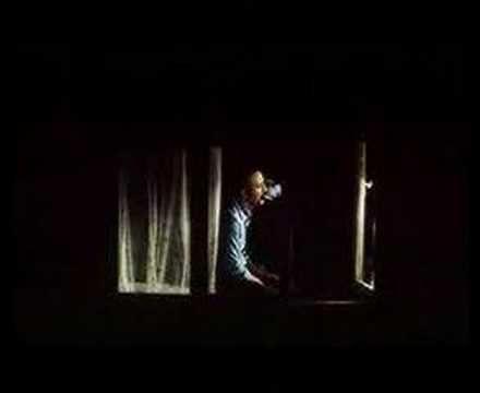 kardes turkuler - Denize Yakilan Turku - YouTube