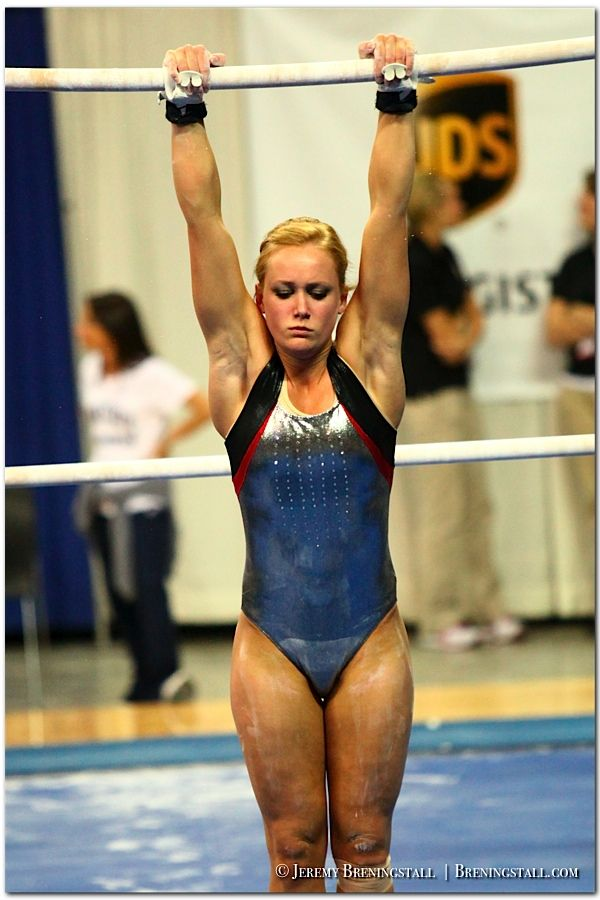 Hot college gymnast tits