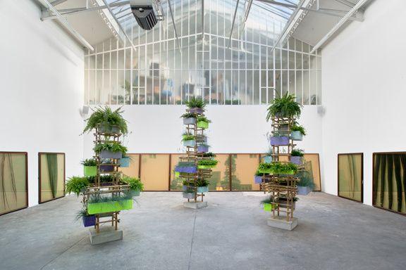 Adrien Missika. Vue d'installation, Impressions botaniques, Galerie Bugada & Cargnel, Paris, 2013 Courtesy Galerie Bugada & Cargnel, Paris © Martin Argyroglo