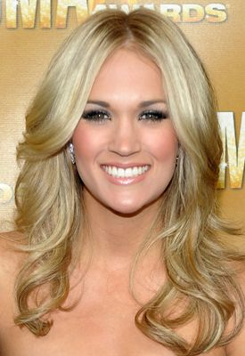 Carrie Underwood makeup and hair