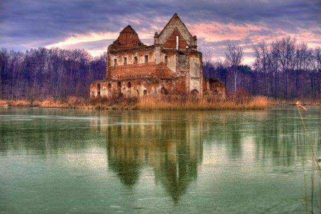 Loret Castle, Chodle, Poland