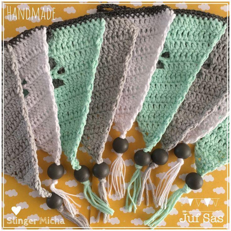 Vlog 10 Gehaakte slinger Micha #handmade by juf Sas met gratis patroon #slinger #gehaakteslinger #feestje #jarig #vlaggetje #handmade #duurzaam #DIY #vlog #uitleg #simpel #haken #gehaakt #stapvoorstap #beginner #stokjes #katoen #Action #jufsas blog #kraal #handmade #makkelijk #gratis #gratispatroon #freepattern #crochet #crocheting #virka #hekel #häckeln #free #grijs #mintgroen #wit #houtenkraal #creatief #snelklaar #film #Youtubeuitleg #hakenmetjufsas #party