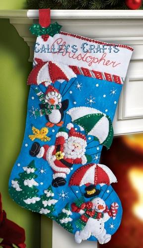 Enfeite de Porta - Noel - Boneco de Neve e Pinguim caindo de Para-Quedas
