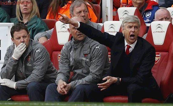 Gael Clichy backs Arsene Wenger to stay put at Arsenal