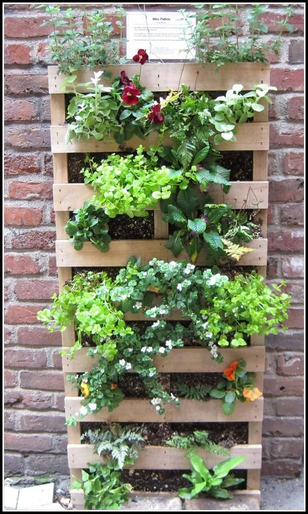 Avoid Failure When Gardening Using These Tips Special Garden Design Pallet Projects Garden Garden Design Pallet Garden