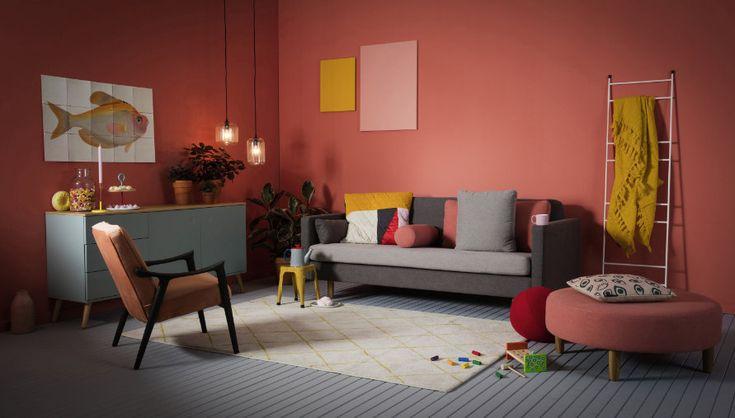 """Bekijk en koop deze producten op Shopinstijl.nl - Wehkamp komt dit najaar met vier woonstijlen; waaronder deze mierzoete stijl """"Lollypop"""".Ik vrees dat ik er thuis nooit een roze fauteuil of hocker doorheen ga krijgen, om nog maar niet te spreken van een roze muur. Maar stiekem lijkt het me wel erg leuk om zo'n vrouwelijk en zoet huis in te richten!"""
