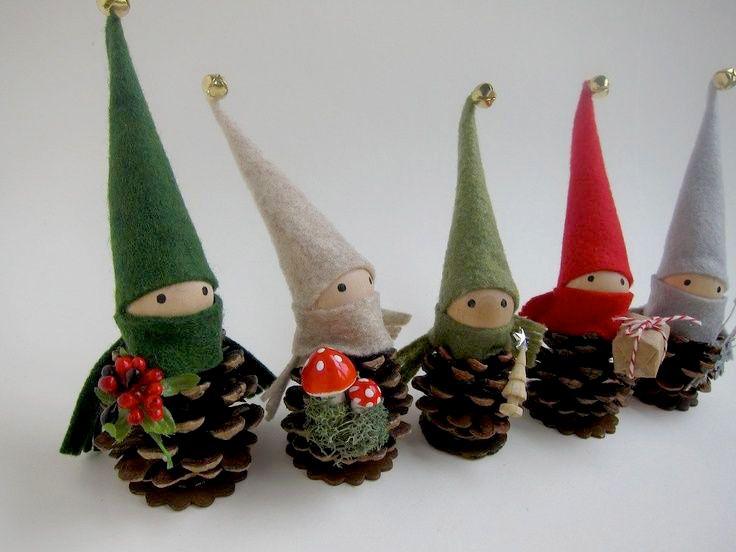 Simpatici elfi colorati