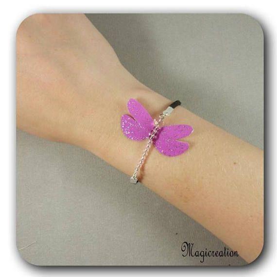 bracelet libellule soie rose fuchsia et argenté sur cordon de