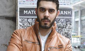 Λάζαρος Βασιλείου: Εγώ είμαι λίγο αντιδραστικός ως άνθρωπος   Τον γνωρίσαμε πέρυσι μέσα από τον ρόλο του Δημήτρη στη σειρά του ΑΝΤ1 Δίδυμα Φεγγάρια. Αυτή την περίοδο ο Λάζαρος Βασιλείου πρωταγωνιστεί στην παράσταση  from Ροή http://ift.tt/2rvBOf6 Ροή