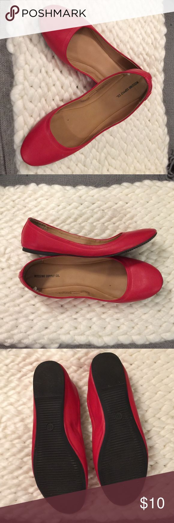 Red Ballet flats Excellent condition but no more room for shoes. No scuffs or scratches. Mossimo Supply Company. Mossimo Supply Co Shoes Flats & Loafers