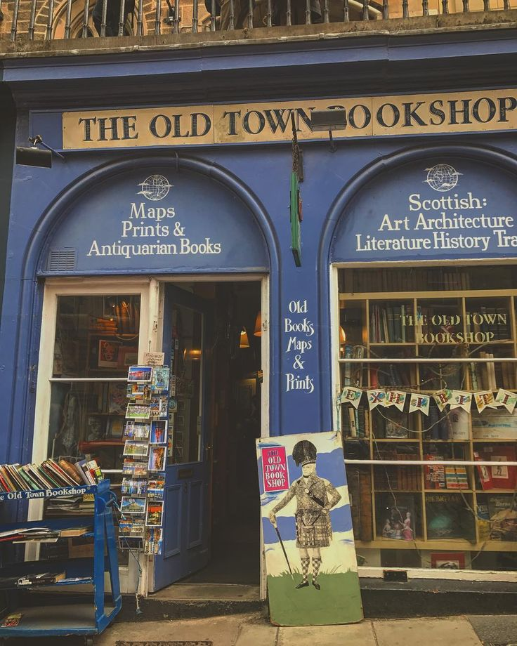 Day trip to Edinburgh for the festival #Edinburgh #edinburghfringe #oldtown #edinburgholdtown #oldtownbookshop #edinburgholdtownbookshop #bookshop #books #bookworm #booklover
