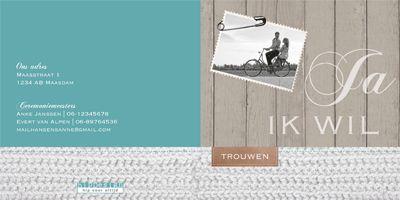 trouwkaart met hout, wol en foto