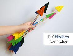 Hoy te enseñamos una nueva manualidad para hacer con los peques: ¡unas flechas de indios! ¡Al ataaaaaaaaaaqueee!