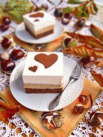 Hideg esős őszi napokon nincs is jobb elfoglaltság annál, minthogy az ember süt egy tepsi krémes-habos süteményt, s ezzel j...