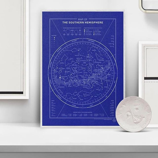 A Vision of the Galaxy — a visual representation of what you can see over the course of a year in the northern and southern hemisphere. Order a map at www.avotg.dk, or find link at @avisionofthegalaxy #starmap #interior #posterdesign #plakatdesign #stjernekort #hemisphere #stjernehimmel #stjernebilleder #grafiskdesign #graphicdesign #infographic