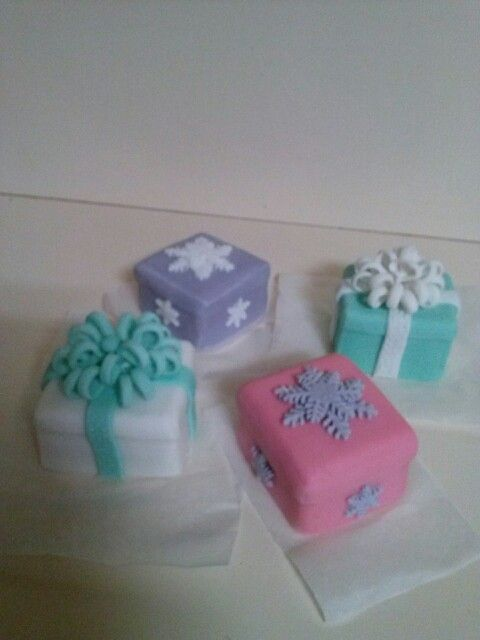 #Xmascakes  #minni #cakes