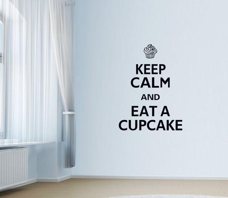"""Keep calm and eat a cupcake! Keep calm and eat a cupcake. Jaha… då får jag väl göra det :) Unikt och snyggt """"cupcake väggdekor"""" som är ett måste till hemmet! Förutom motivet är storleken väldigt iögonfallande när du äntrar rummet.  Länk till produkt: http://www.feelhome.se/produkt/keep-calm-and-eat-a-cupcake/    #Homedecoration #art #interior #design #Walldecor #väggdekor #interiordesign #Vardagsrum #Kontor #Modernt #vägg #inredning #inredningstips #heminredning #motivation #citat #keepcalm"""