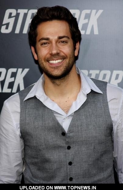 The absolute most beautiful man on the face of the planet: Zachary Levi.: Beautiful Men, 1 Zachary Levis, The Faces, Chuck, Coolers, Funny, Stars Trek, Cutest Nerd, Zachary Levis Go