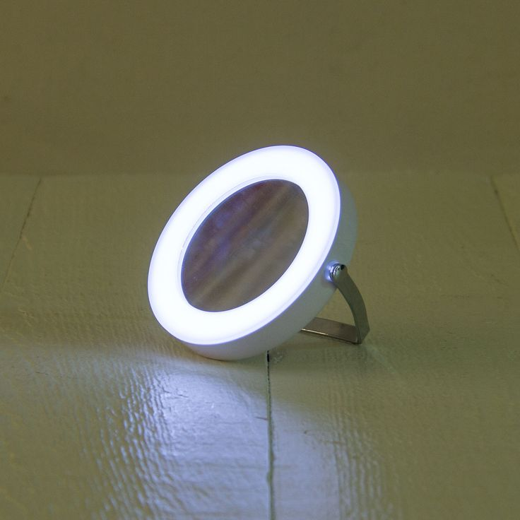 espejo aumento con LED | natura - 14,90€