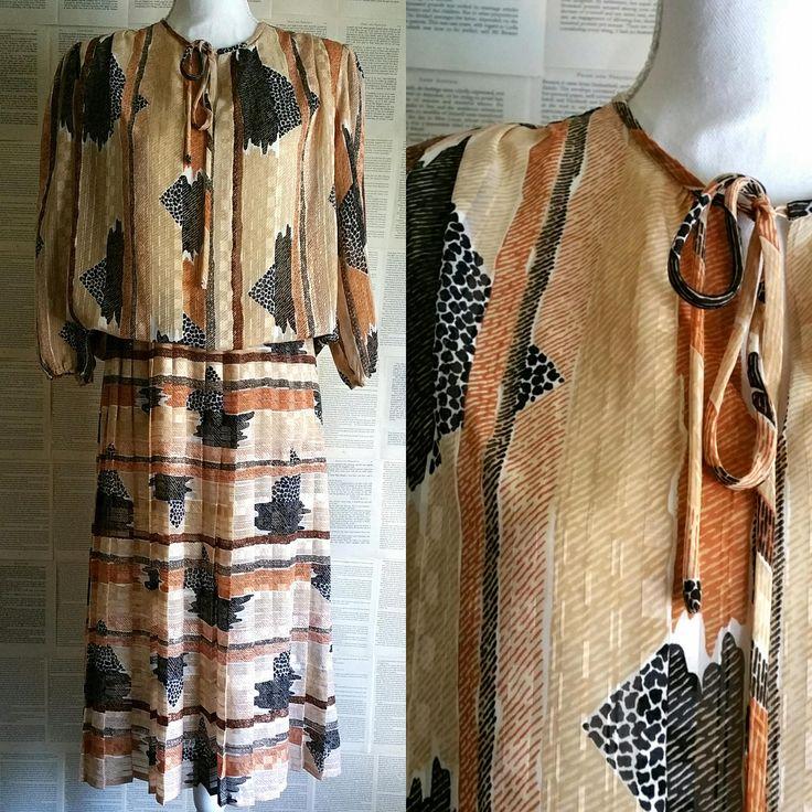 Vintage Brown Pleated Dress 1970s-1980s - Size 14 by MyVintageSundays on Etsy