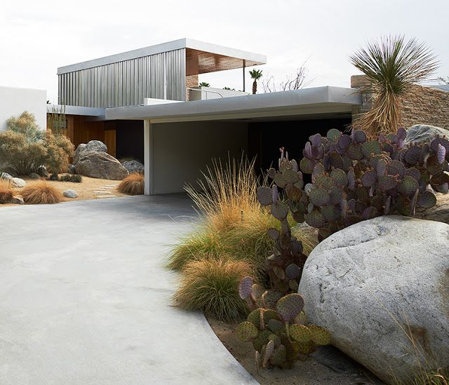 Kaufmann House | 1946 | Palm Springs, California | Richard Neutra photo by Iñaki Bergera