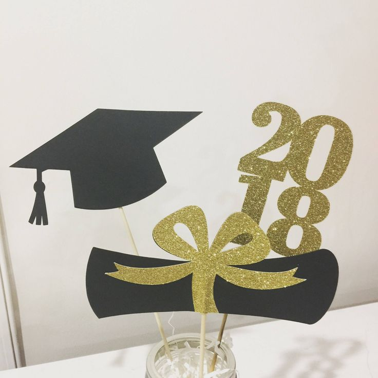 114 best 2018 graduation party decor images on pinterest for Decoration 2018