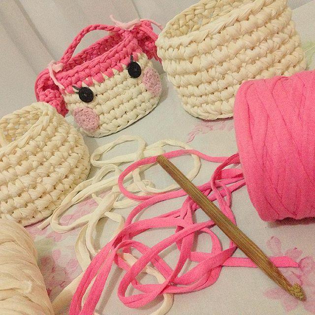 t-shirt yarn crocheted basket