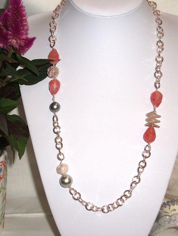 Ceris quartz and silver chain Necklace.  Handmade by Momentidoro, €50.00