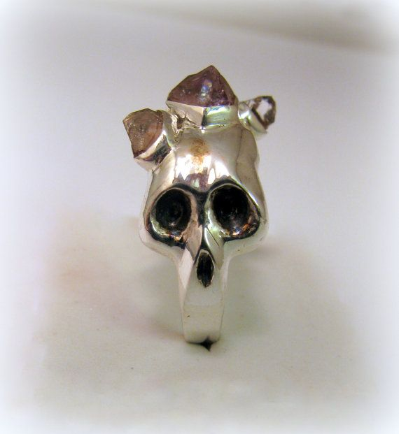 Skull ring with amethyst mineral by Minicsiga on Etsy