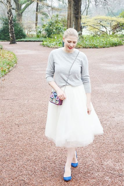OH SO PRETTY / Mom Style mit Tulle Skirt und Kaschmir Pullover  Outfit / Tüllrock