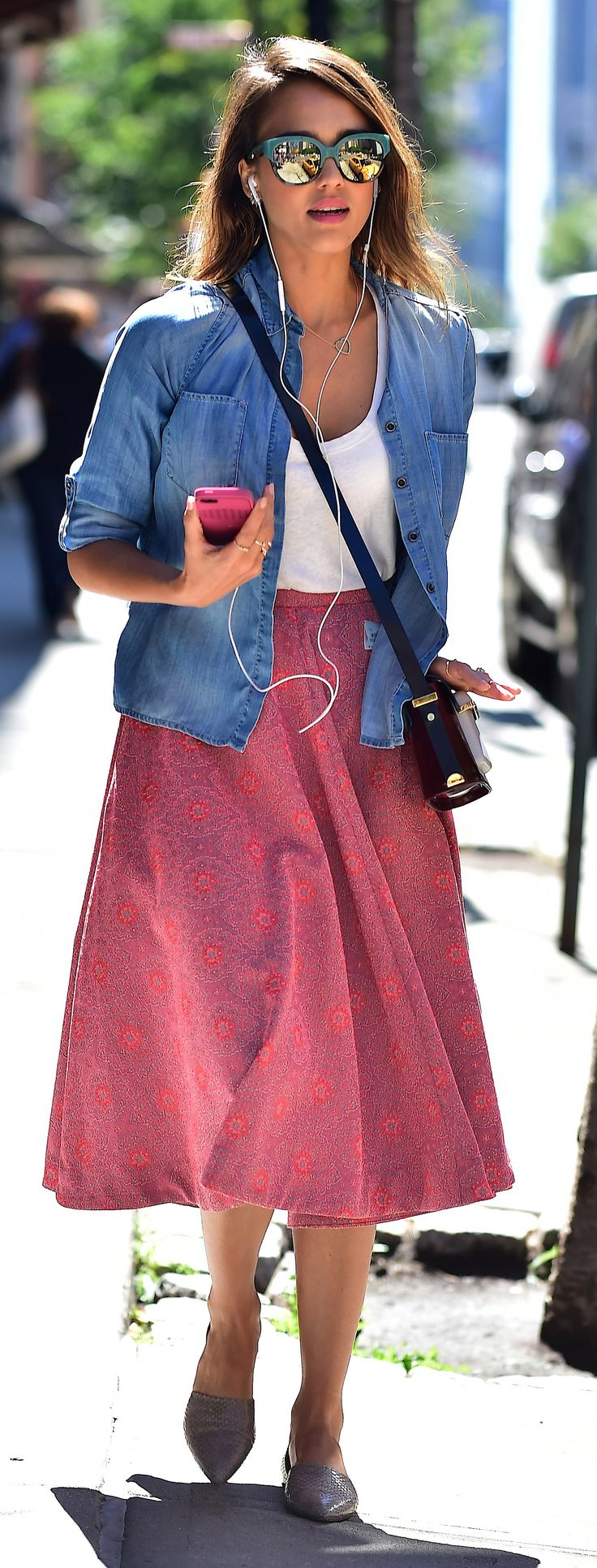 324 best jessica alba style trends images on pinterest jessica alba style hair and clothing Jessica alba fashion and style