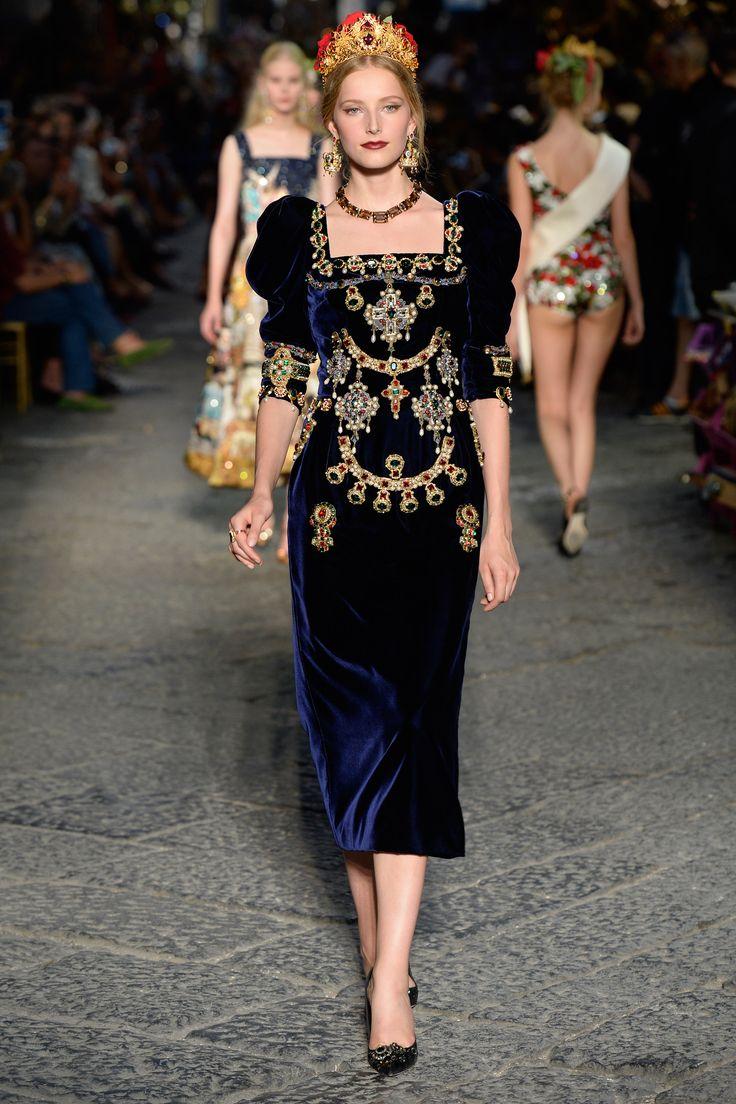 Dolce & Gabbana Alta Moda autumn/winter 2016