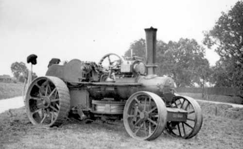 Aveling ploughing engine, No 8891