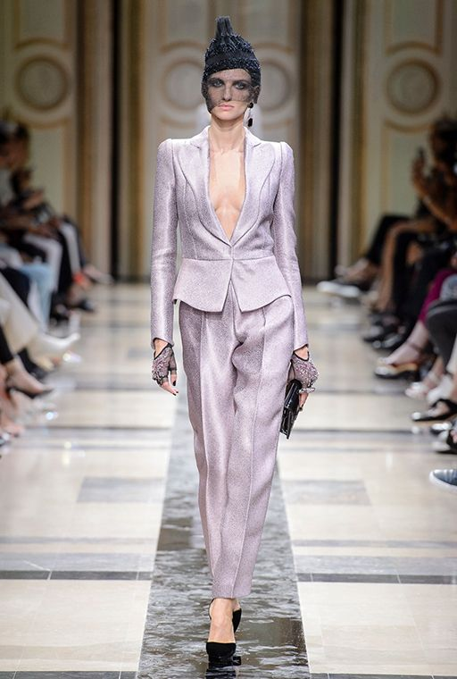 Paris Haute Couture Fashion Week: Giorgio Armani Prive Fall/Winter '17 | Buro 24/7