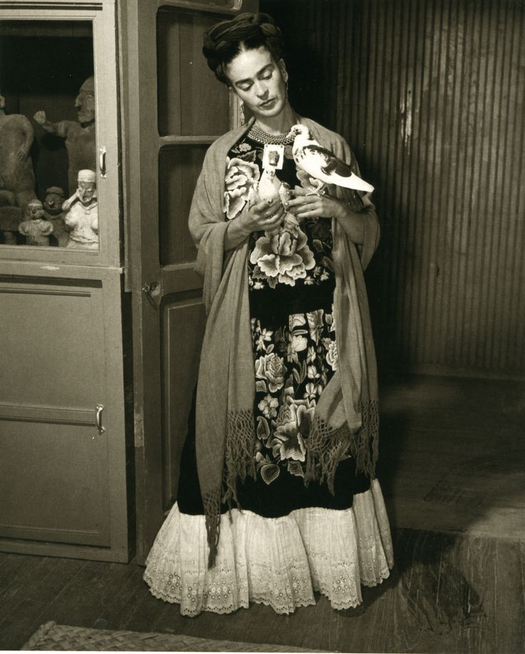 frida kahlo and surrealism Frida kahlo didn't allow her illness or accident to limit her  she would later  come to be known as a surrealist and magical realist painter.