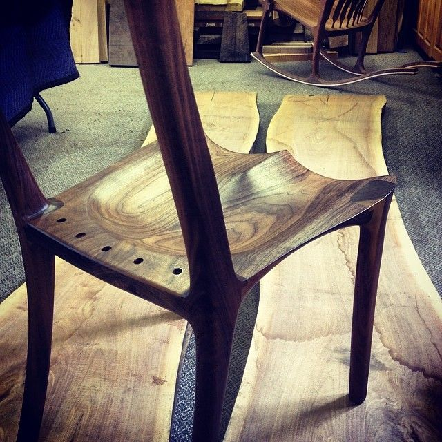 Beautiful colour & grain on this sculpted dining chair with its first coat of oil applied #wood #woodshop #woodworks #woodworking #bespoke #chair #diningchair #furniture #handmade #grain...