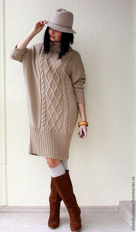 Купить или заказать Платье 'Milky dress' в интернет-магазине на Ярмарке Мастеров. Платье-свитер свободного покроя, большой воротник, широкая резинка, узор из кос. Длина до колена. Рисунок только спереди. Большая палитра цветов.